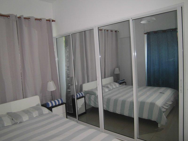 Luxury apartment Aromas del Mar with A/C, holiday rental in Santo Domingo Este