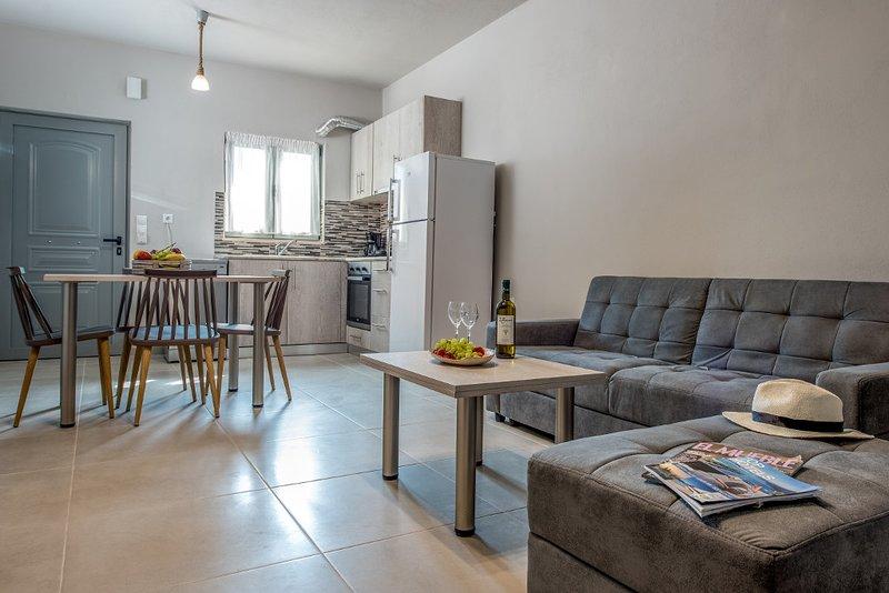 Asteri Suites - Grand Suite #10, location de vacances à Koutsouras
