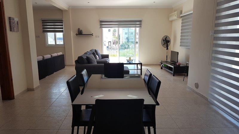 Living room and kitchen/diner