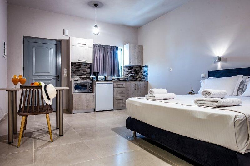Asteri Suites - Junior Suite #8, vacation rental in Koutsouras