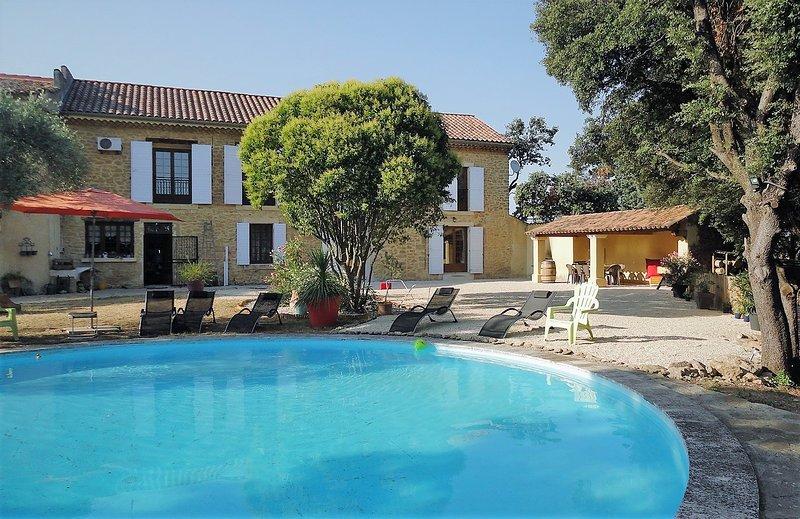 GITE PROVENCAL/COTTAGE - MAS DE ZIGUY, location de vacances à Lagarde-Paréol