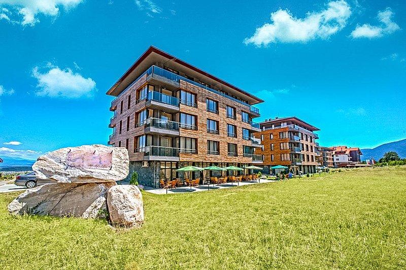 El hotel con impresionantes vistas de las montañas de Pirin - Ideal para caminatas de verano