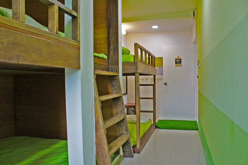 BukitIndah-YES I Do Chapel-Signature FamilyChalet, Ferienwohnung in Senai