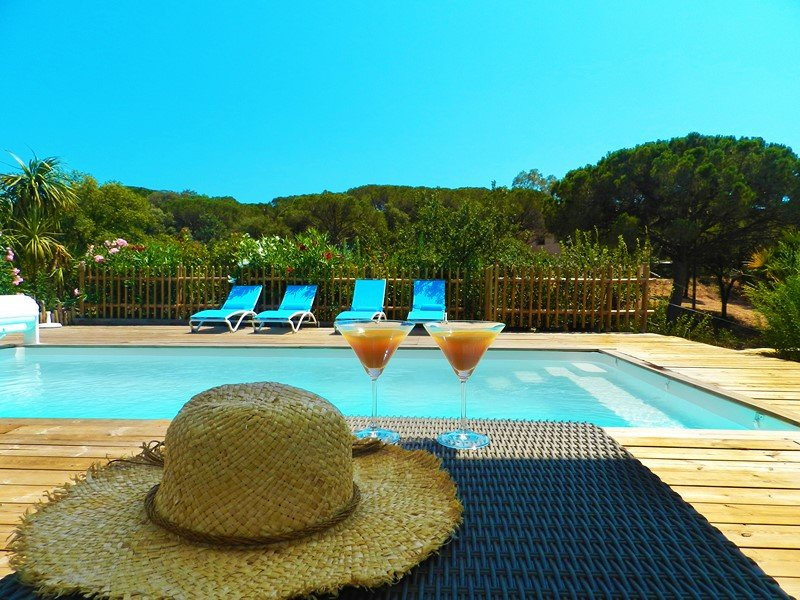 BRAND NEW VILLA IN FREJUS, vacation rental in Fréjus