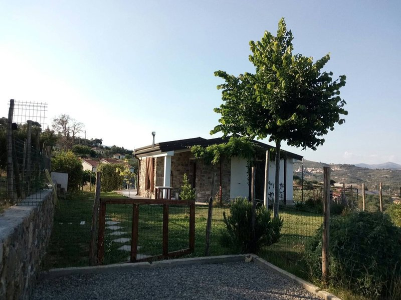 La Casa di Lele - Codice CITRA 008024-LT-0038, location de vacances à Lingueglietta