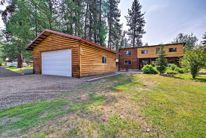 Vos vacances parfaites près de la forêt nationale de Payette vous attendent dans cette cabane!