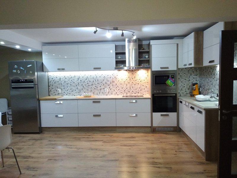 Hermoso Apartamento Bulgaria,cuidad Ruse, holiday rental in Ruse