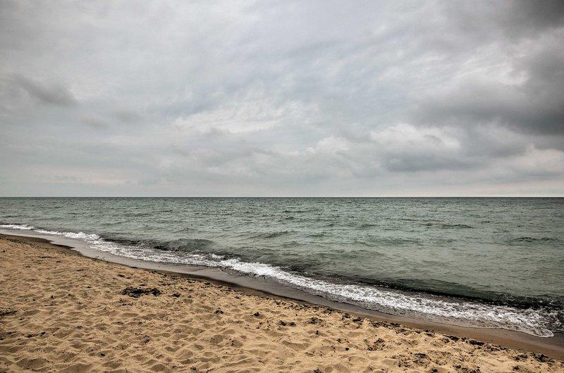 Aventuras a orillas del agua esperan en el lago Michigan!