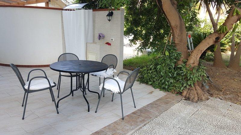 Nice house near the beach & terrace, vacation rental in Alcamo Marina