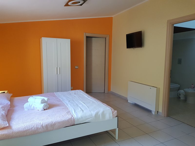 CASA COCCINELLA NEW, holiday rental in Caltanissetta