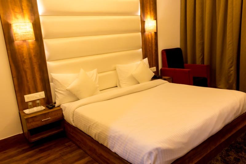 Ak Continental - Deluxe Room 1, vacation rental in McLeod Ganj