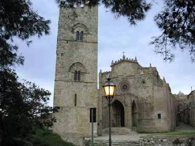 Erice medieval village,  40 km from Villa Silvia.
