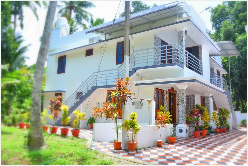 bougainvillea Homestay Deluxe Rooms, holiday rental in Kovalam