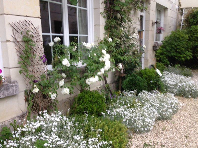 Gîte et chambres de la Fontaine enchantée, holiday rental in Rigny-Usse