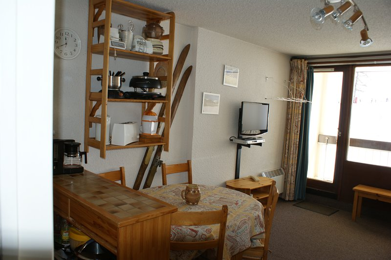 Studio - 400 m from the slopes, vacation rental in Cervieres