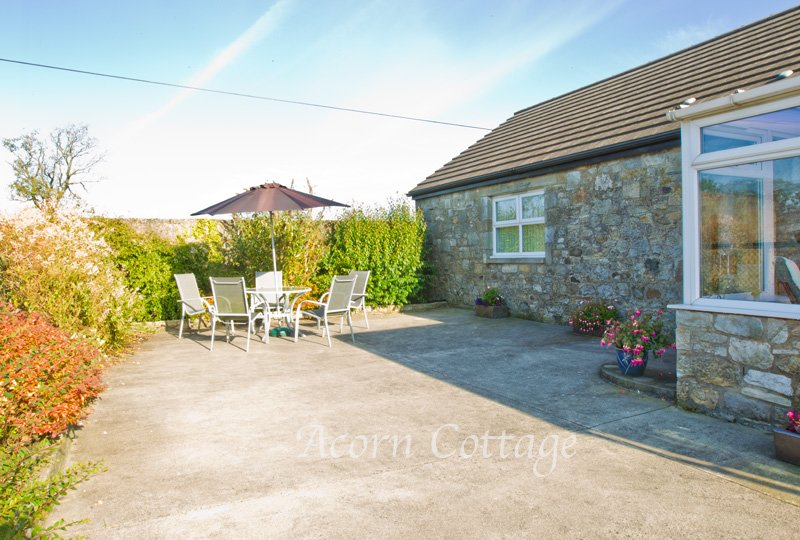 Acorn Cottage at Easter Glentore Farm near Airdrie & Falkirk, vacation rental in Falkirk