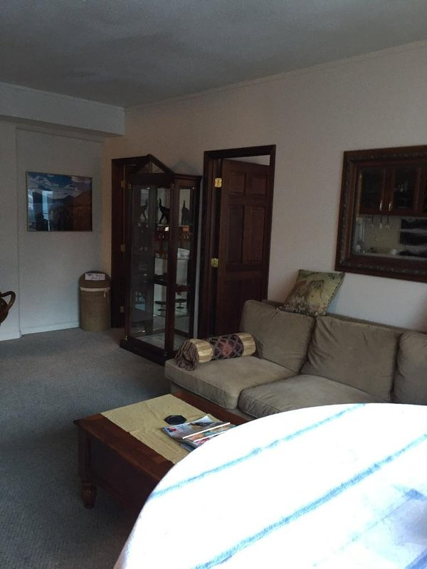 V. P. Suite, holiday rental in Whittier