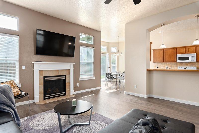 Welcoming, modern home with open floor plan!