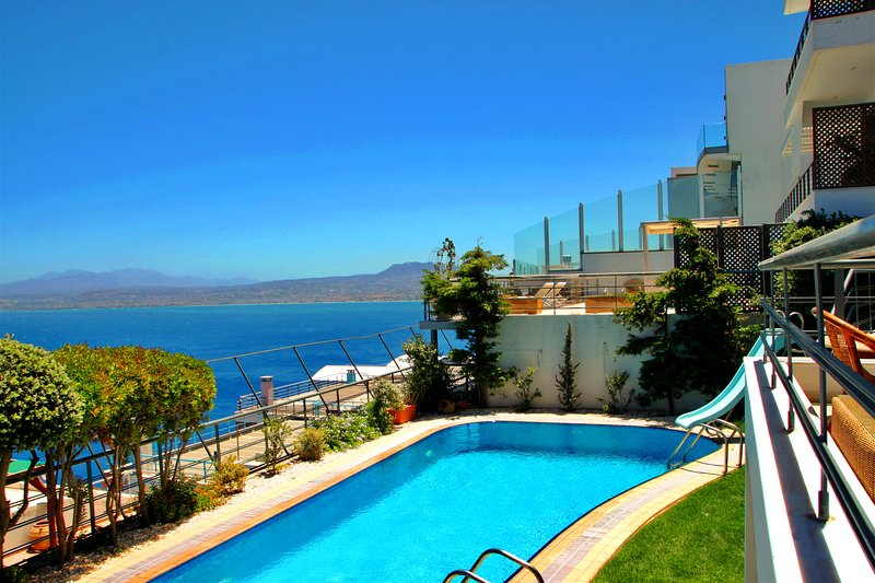 Ariadne Luxury Villa, holiday rental in Heraklion