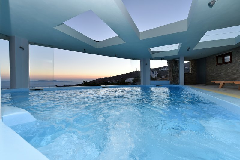 The private covered swimming pool.