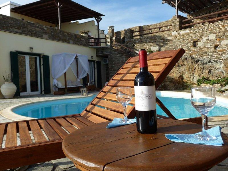 Aegean View Tinos, alquiler de vacaciones en Kionia