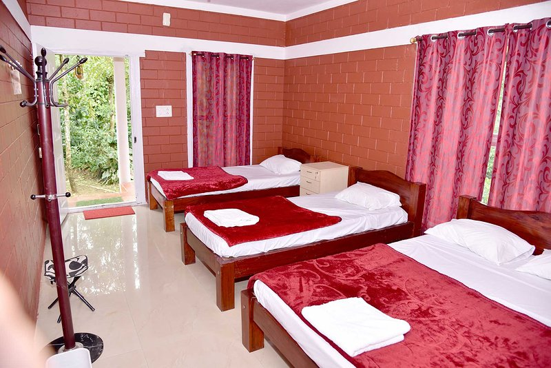 Chikmagalur Cottages-5R, holiday rental in Sakleshpur