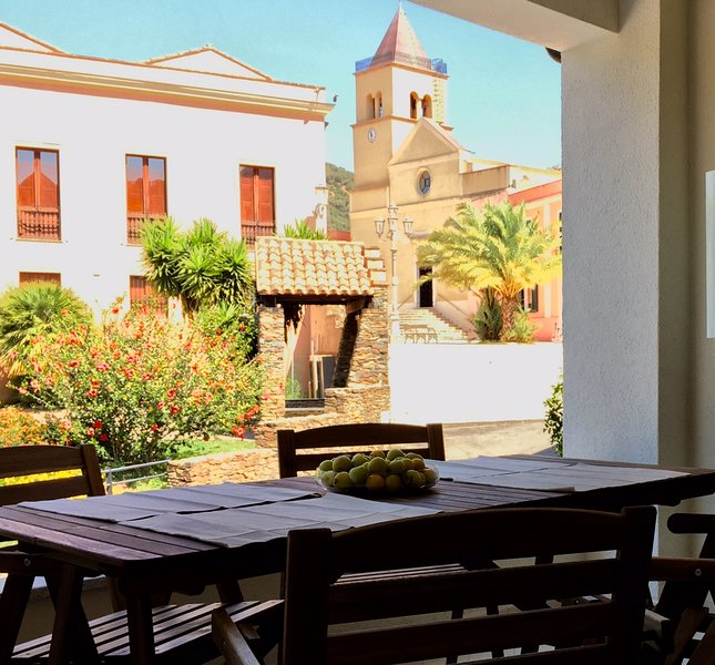 Casa vacanze la pavoncella, holiday rental in Teulada