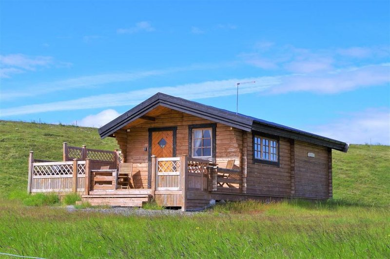Geirland - with a hot tub, holiday rental in Vopnafjordur