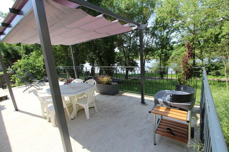 Maison au bord de l'eau, holiday rental in Thorigne d'Anjou
