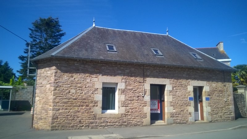 BRETAG MAISON BOURGEOISE XVIIIe Appt F2 (60 m2) Centre Village 7 mn de la plage., holiday rental in Lanloup