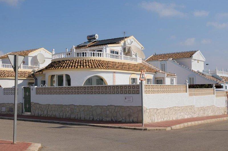 Front aspect of Casa Oso Blanco