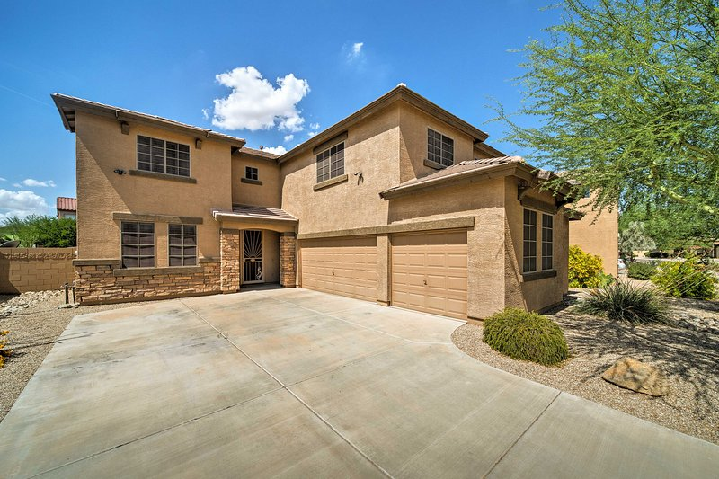 This upscale Phoenix area home features 4 bedrooms and 3 bathrooms.