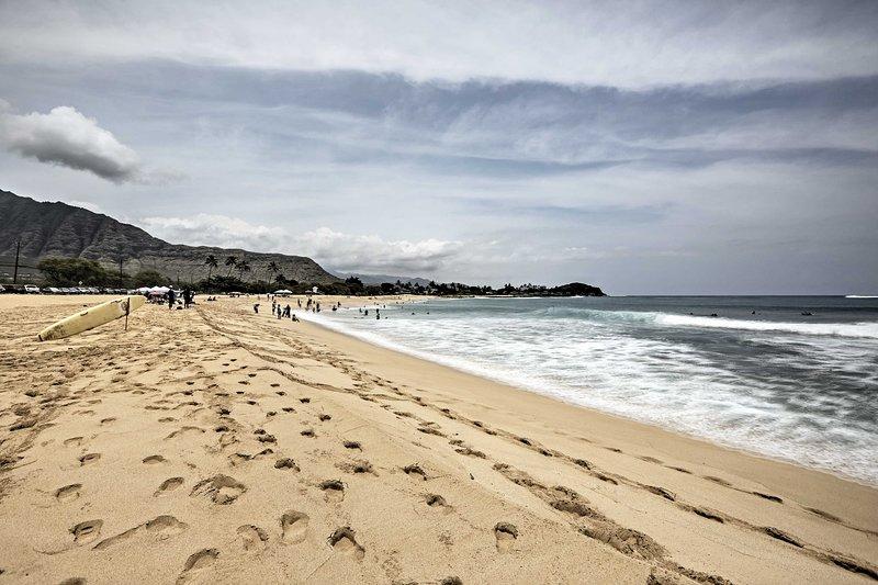 Surfa em Makaha Beach!