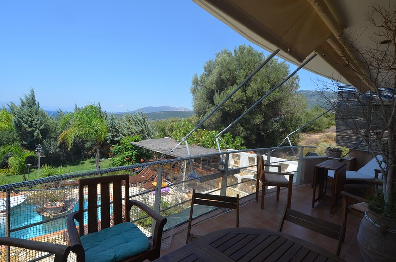 Live a dream 1h from Athens in Evia, casa vacanza a Styra