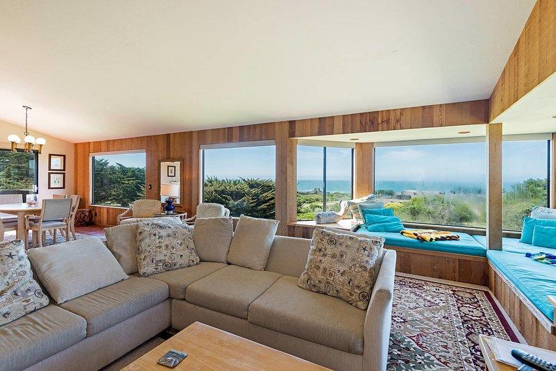 Iris Cottage - Ocean View Living