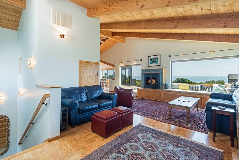 Tranquility Base - Ocean View Living Room