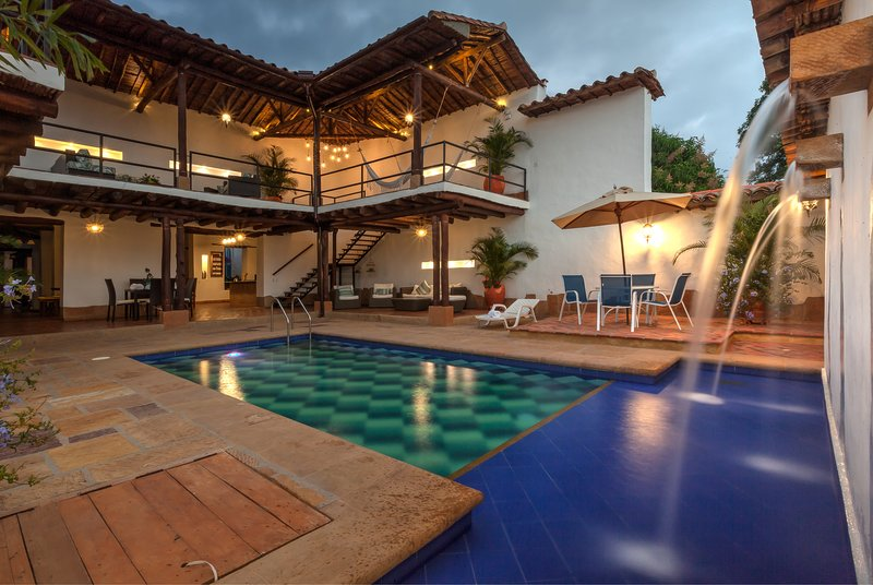 CASA BARI EL JARDIN, vacation rental in Socorro