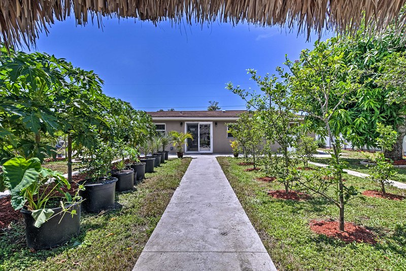 Naples Retreat: < 2 Mi to Beach & 5 Mi to Downtown, vacation rental in Pelican Bay