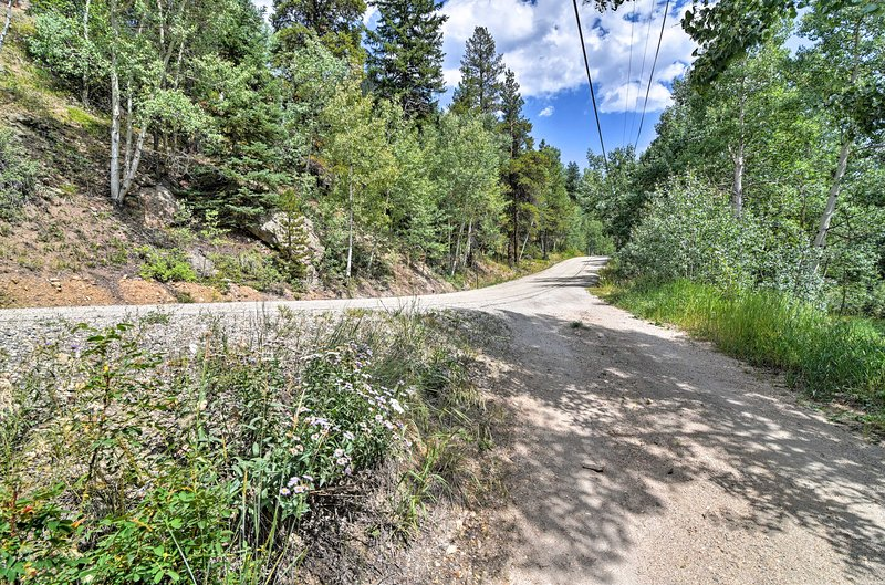 Turn onto this gravel road from Mill Creek Road to reach your indredible cabin.