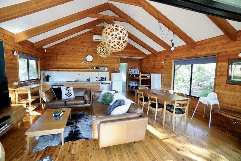 intérieur de la cabane en bois