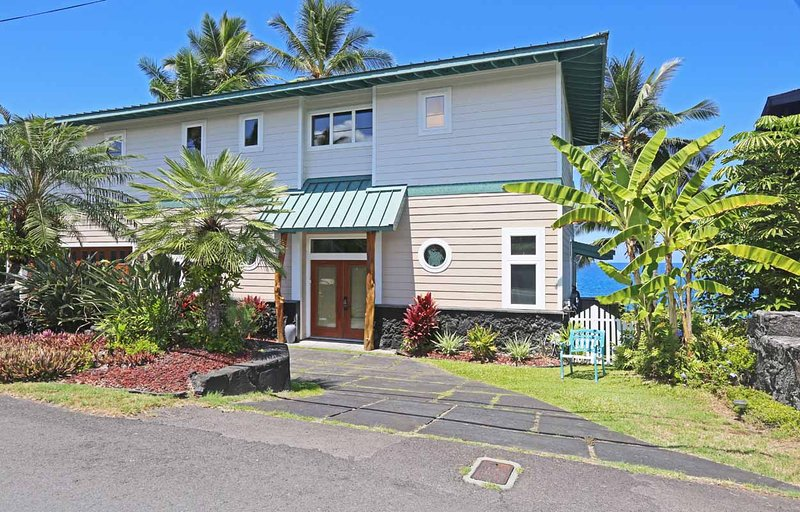 kona dolphin view estate has grill and waterfront updated 2019 rh tripadvisor com