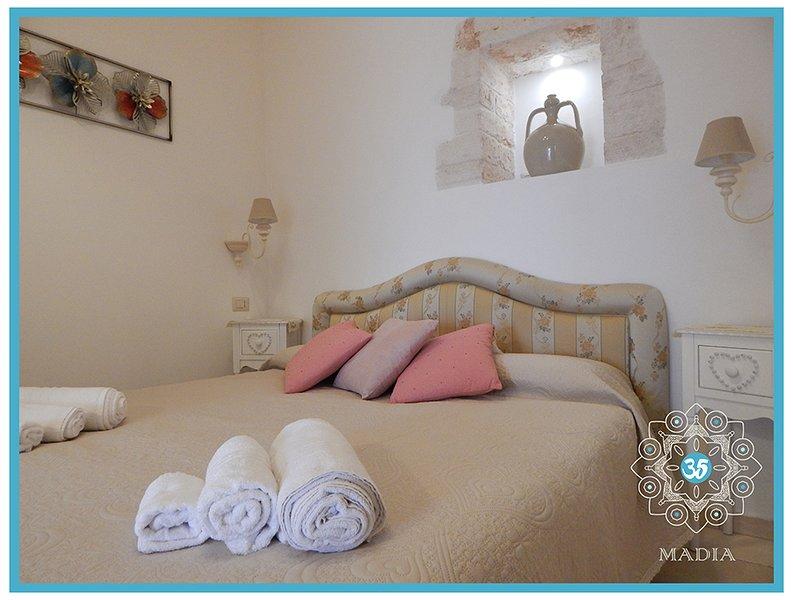 Trulli MADIA Luxury - Mini Suite La Giara, holiday rental in San Leonardo