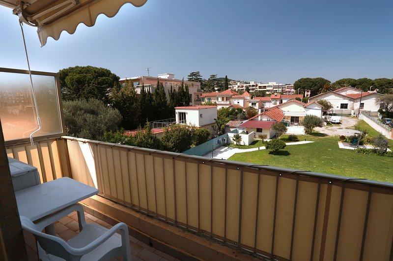 Studio vue colline, vacation rental in Golfe-Juan Vallauris