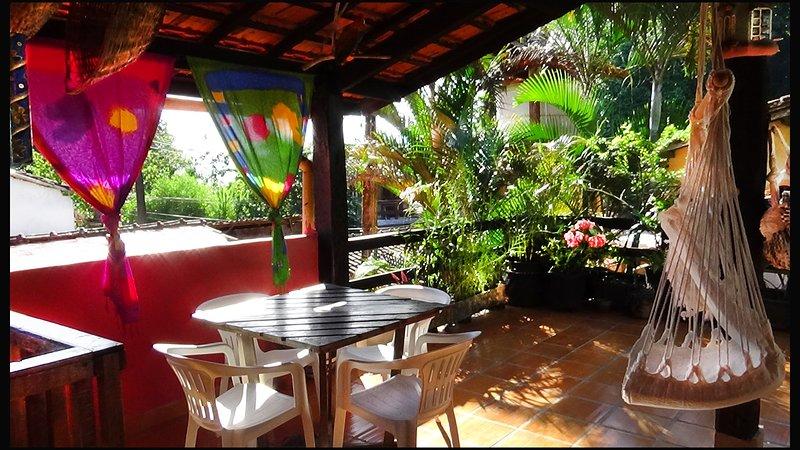 Casa de praia para 8 pessoas em rua tranquila a 100 metros do mar, location de vacances à Trindade