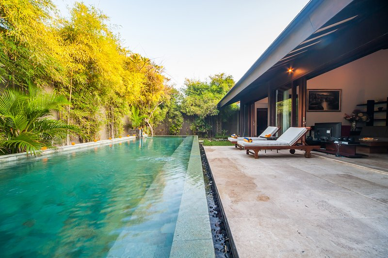 '50% OFF' 3 BDRM Tirta Villa A, Sanur with Private Pool, holiday rental in Sanur Kauh