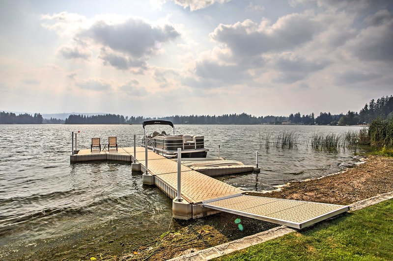 Jump off the private dock and explore the lake!