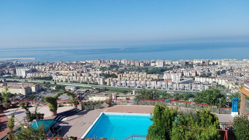 casa vacanze villa Pellegrino, holiday rental in Pontecagnano Faiano