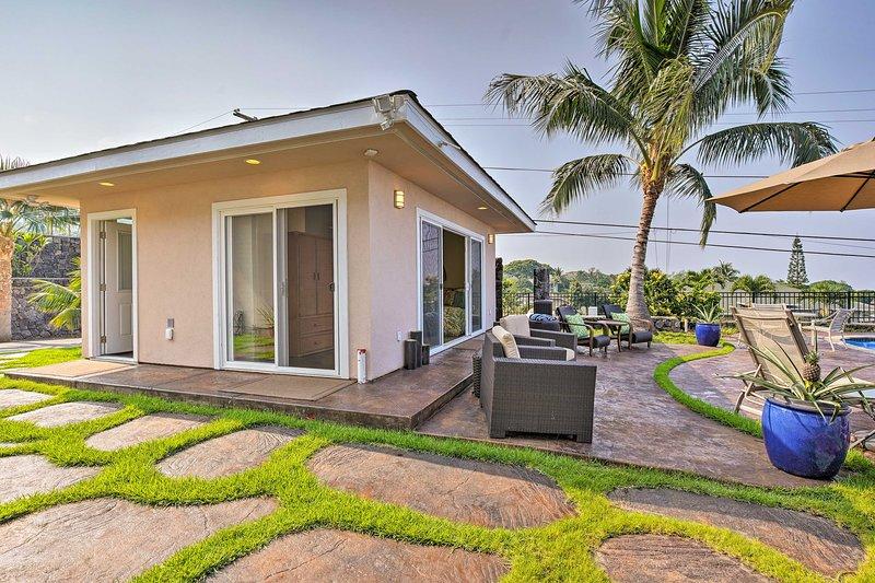 El estudio Cabana ofrece acceso directo al patio y a la piscina.