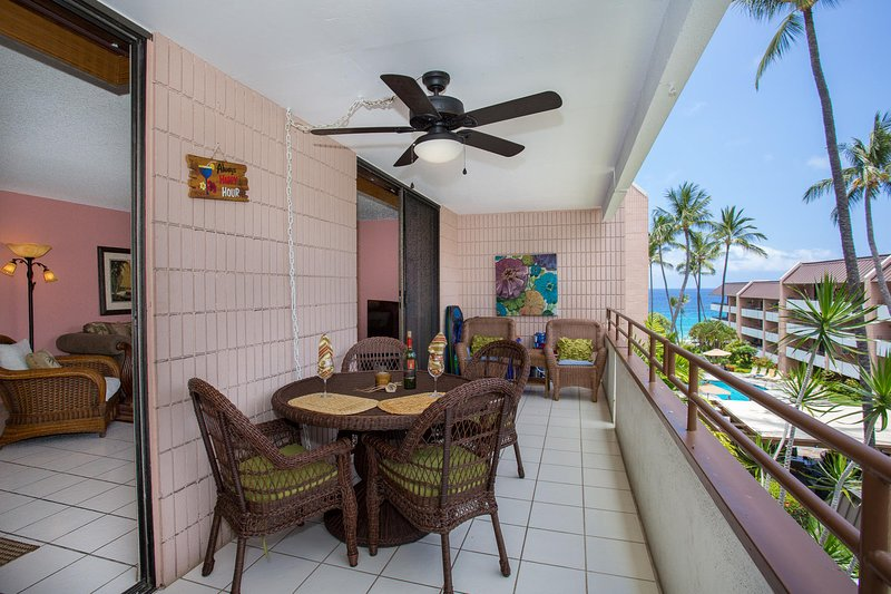 White Sands Village # 222 - Lanai con vista al mar