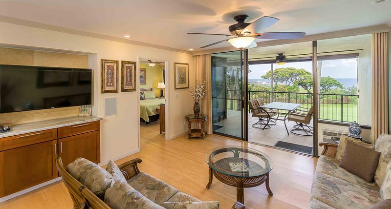 Country Club Villas #208 - Living Room with Ocean View